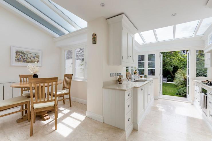 Extension d'une cuisine lumineuse par Resi Architects à London Modern