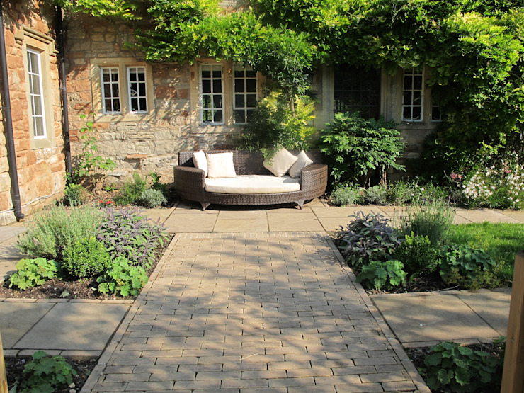Country Garden, jardin de style Chew Manga Country par Katherine Roper Paysage et conception des jardins Country
