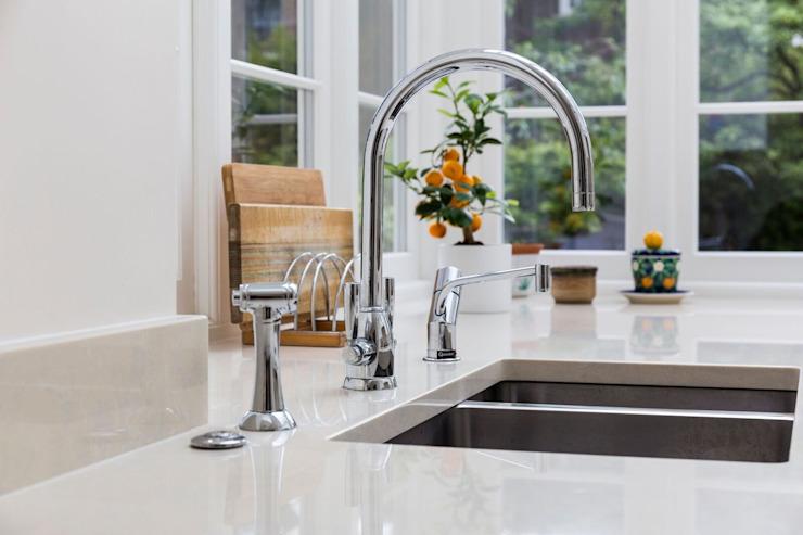 Stylish Sink : modern par Resi Architects à Londres, Modern