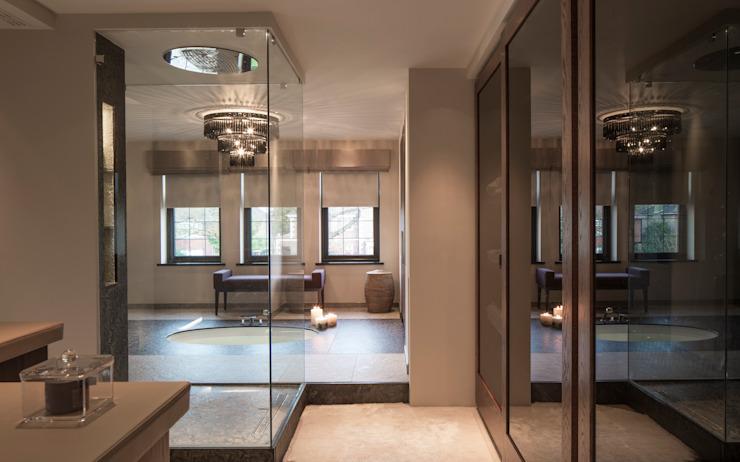 Salle de bains Broad Walk Master Salle de bains moderne par Roselind Wilson Design Modern