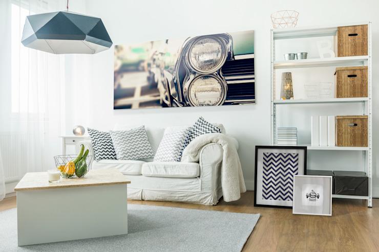 Salon classique de style éclectique par Pixers Eclectic