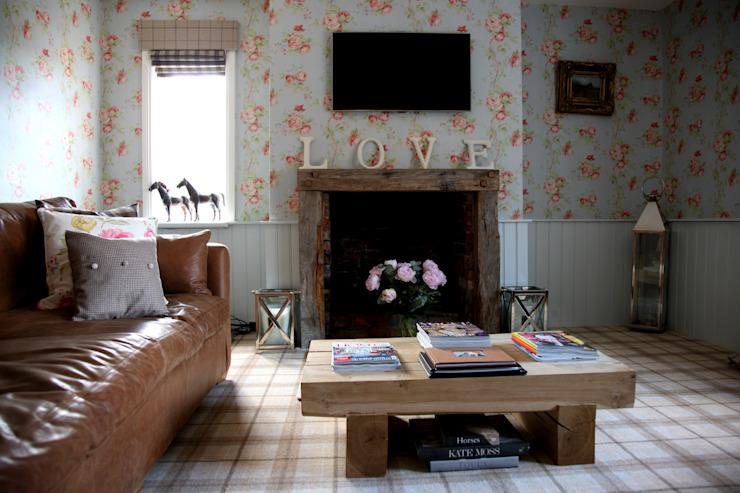 SALON DE LUXE Salon de style champêtre par Debra Carroll Interiors Country