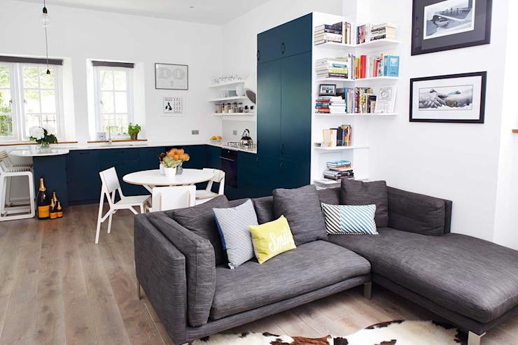 appartement lumineux et aéré : hoxton Salon moderne par Cassidy Hughes Design d'intérieur moderne