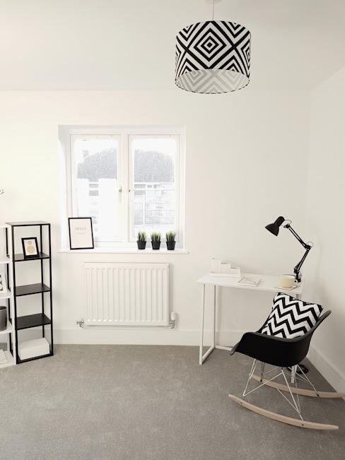 Monochrome botanique Show Home Étude/bureau minimaliste par THE FRESH INTERIOR COMPANY Minimaliste