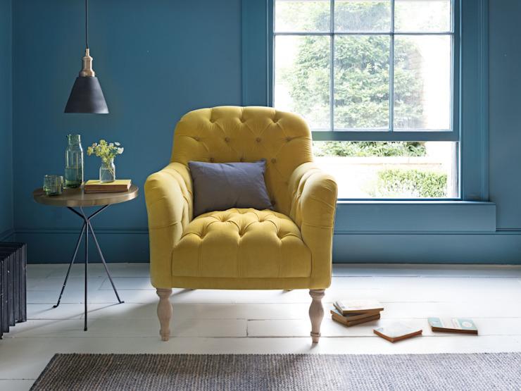 Fauteuil de lecture Salon moderne par Loaf Modern