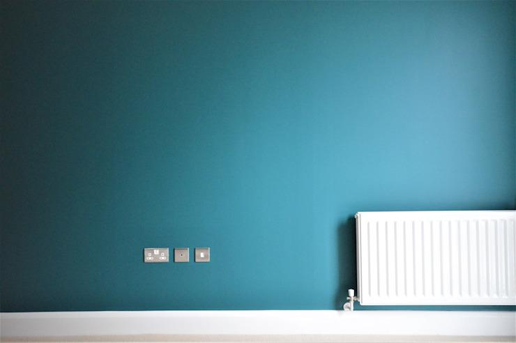 Chambre à coucher principale - décorateurs d'intérieur Chambre à coucher de style tropical par Paintforme Tropical