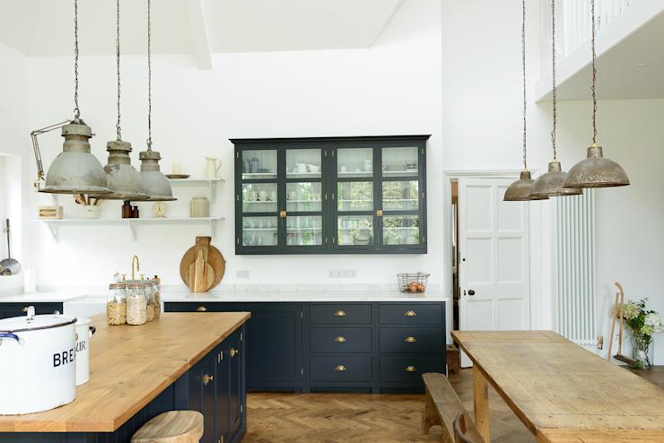 Les arts et l'artisanat Kent Kitchen de deVOL Industrial style kitchen deVOL Kitchens Industrial