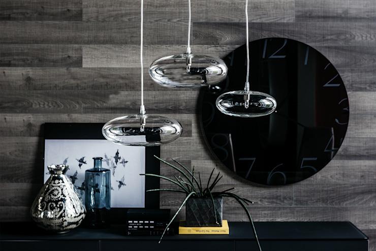 Un superbe orbe elliptique disponible en deux tailles avec diverses combinaisons : modern by IQ Furniture, Modern