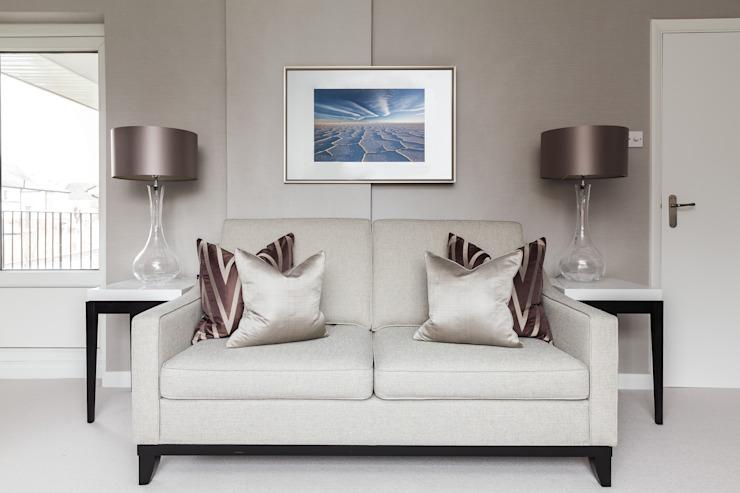 Salon Loughton Modern par The White House Interiors Modern