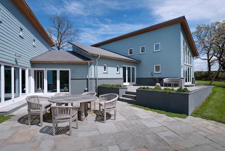 Hedgerows Balcon, véranda et terrasse modernes par Trewin Design Architects Modern