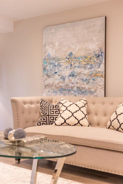 Appartement de bancs de sable Salon moderne par SMB Interior Design Ltd Modern