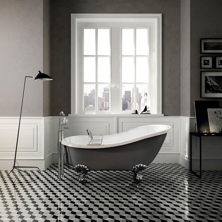 Salle de bain indépendante Regina de style classique par Devon&Devon UK Classic