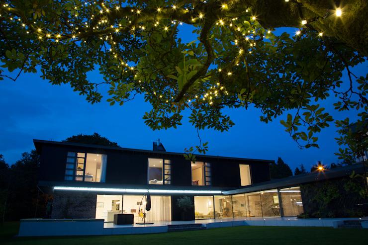 Millbrook House Jardin moderne de Smarta Modern