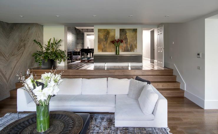 Maison à Putney Salon de style éclectique par EVGENY BELYAEV DESIGN Eclectique