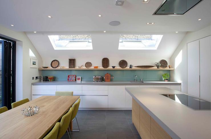 Ringmere Avenue SW6 Cuisine minimaliste par Kuche Design Minimalist