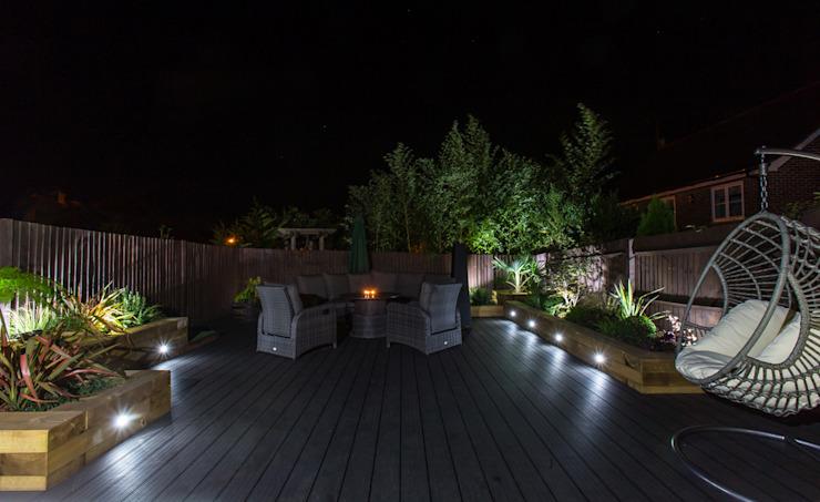 Garden Deck Jardin moderne par Jane Thomas Paysage et conception de jardin moderne