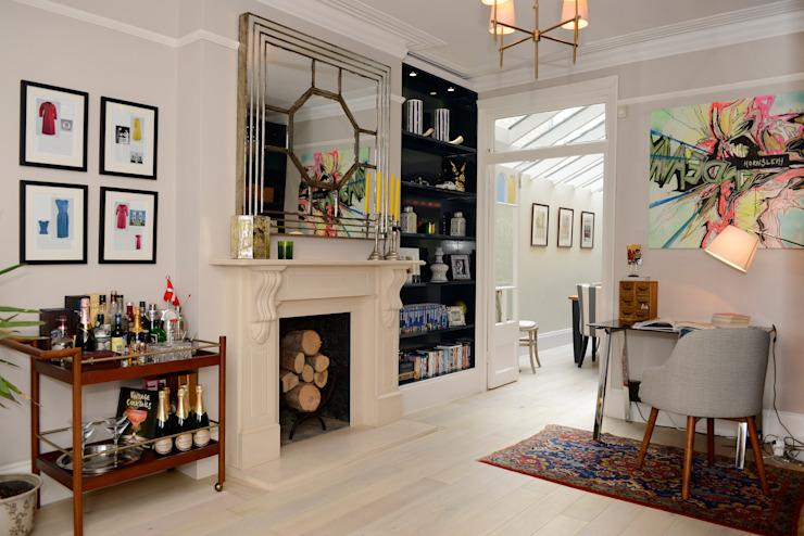 Salon Salon de style classique par Ruth Noble Interiors Classic