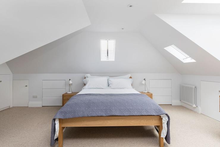 Loft Bedroom Chambre à coucher de style moderne par Resi Architects à London Modern