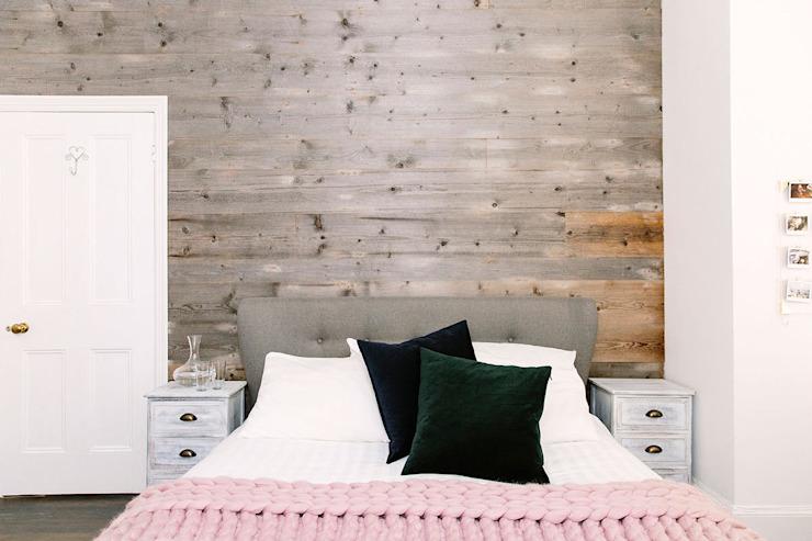 Cosy Bedroom Chambre à coucher de style rustique par Resi Architects à Londres Effet bois rustique