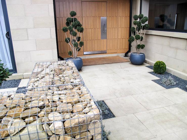 Un accueil chaleureux Jardin moderne par Yorkshire Gardens Modern