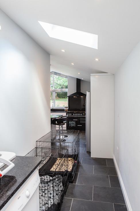 Extension de la cuisine par Hampshire Design Consultancy Ltd.