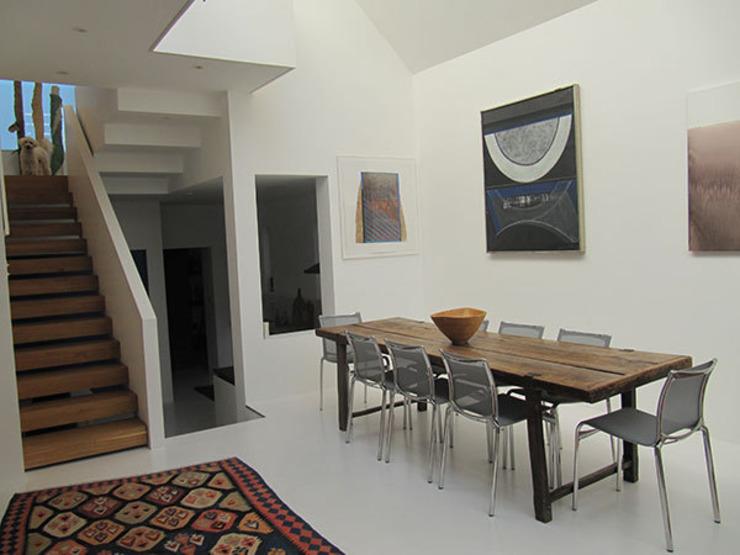 La salle à manger du bas Salle à manger moderne par 4D Studio Architects and Interior Designers Modern