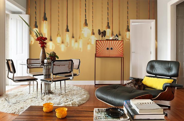 Salon rétro moderne par Pixers Modern