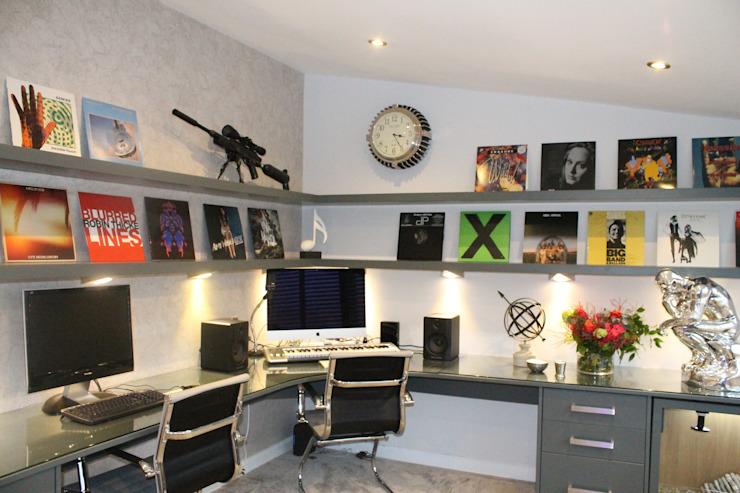 Thorpe Bay, Essex - Étude/bureau résidentiel de style classique par Peach Studio Classic