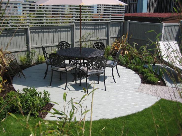 Canopy Lane Jardin de style minimaliste par Aralia Minimalist Iron/Steel