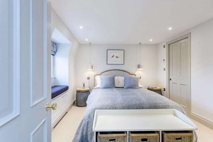 Chambre à coucher GK Architects Ltd Chambre à coucher de style moderne