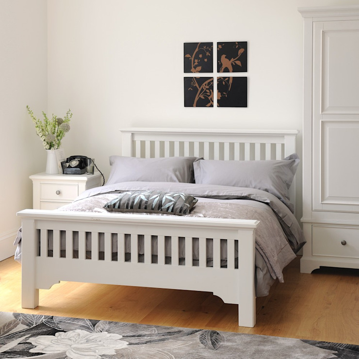 Ascot White 4ft6 Double Bed Country style chambre à coucher par The Cotswold Company Country