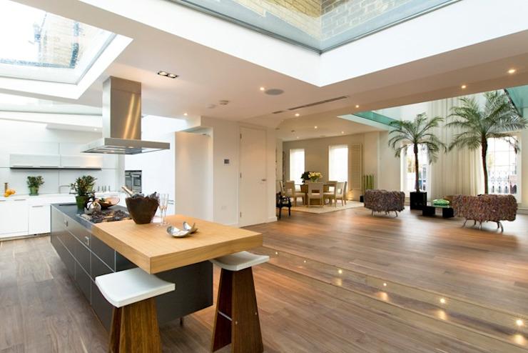 Parquet en noyer : classique de The Natural Wood Floor Company, bois d'ingénierie classique transparent