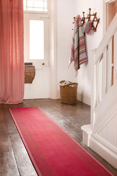 Tapis d'entrée Franklin Carmine Roger Oates Design Couloir, couloir et escaliers modernes