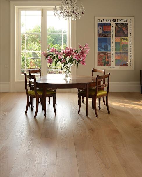 Chêne Old White pré-huilé : classique par The Natural Wood Floor Company, Classic