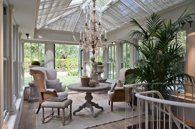 Une orangerie et des toits à deux niveaux transforment une maison de ville londonienne en conservatoire de style éclectique par Vale Garden Houses Eclectic