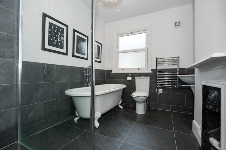 Rénovation d'une salle de bain de style classique de la fin de l'époque victorienne par Corebuild Classic