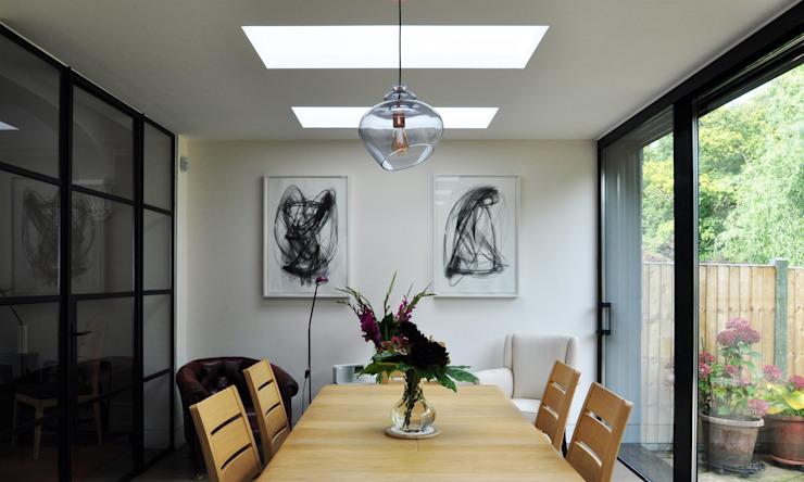 Salle à manger Forest View Modern par Space Group Architects Modern