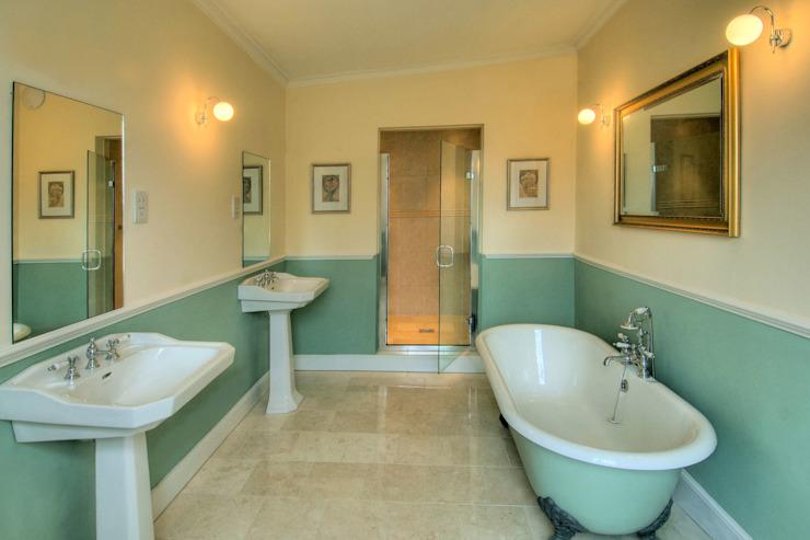 Bossington House, Adisham Kent Lee Evans Partnership Salle de bain de style rustique