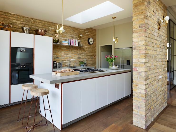 La rencontre de la modernité et de l'architecture de la cuisine industrielle La cuisine de style industriel