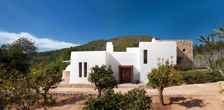 Maisons extérieures de style méditerranéen par TG Studio Méditerranée
