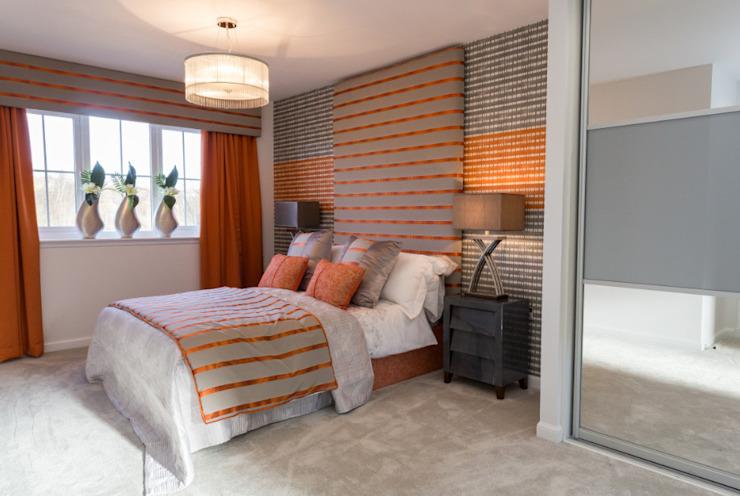 Chauffage Orange Graeme Fuller Design Ltd Chambre à coucher de style classique