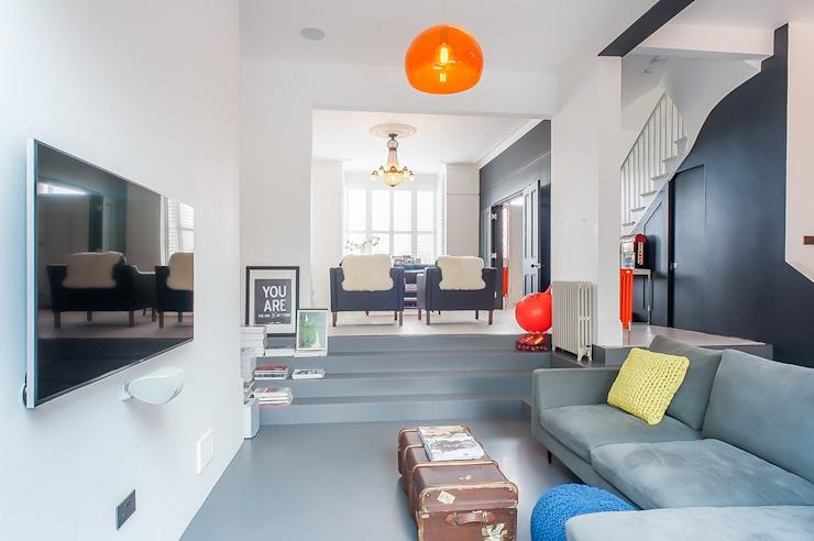 Rénovation complète de la maison avec l'extension Crittall, Londres HollandSalle de séjour de style éclectique