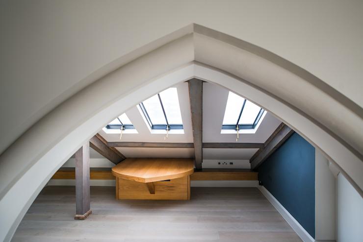 Vols de toits au Sanctuaire, Battersea, Londres Groupe de fenêtres Clement Windows Fenêtres et portes de style éclectique