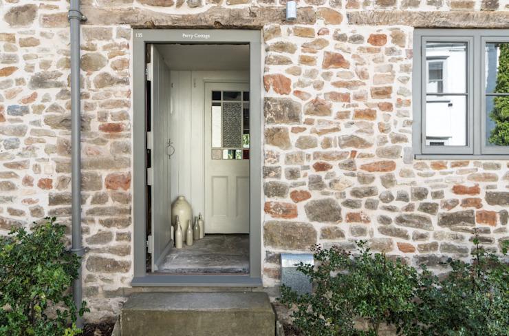Miner's Cottage II : Conception de l'entrée à l'étage des maisons de style rustique