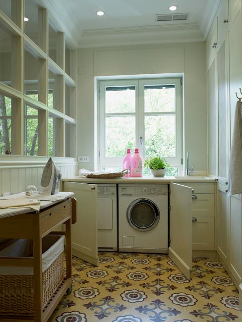 DEULONDER arquitectura domestica Cuisine de style classique Blanc