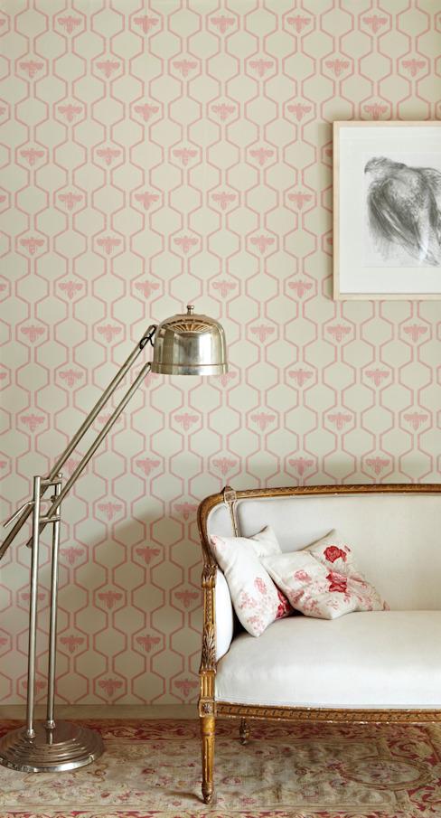 Les abeilles dans les hexagones Le papier peint rose homonyme Murs et solsRevêtements de murs et de sols