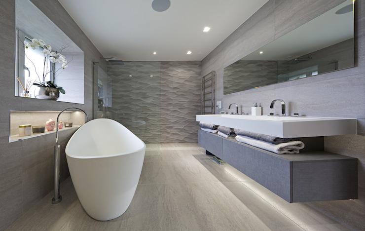 Mûrier Le bois travaille Salle de bain moderne Bois d'ingénierie Gris