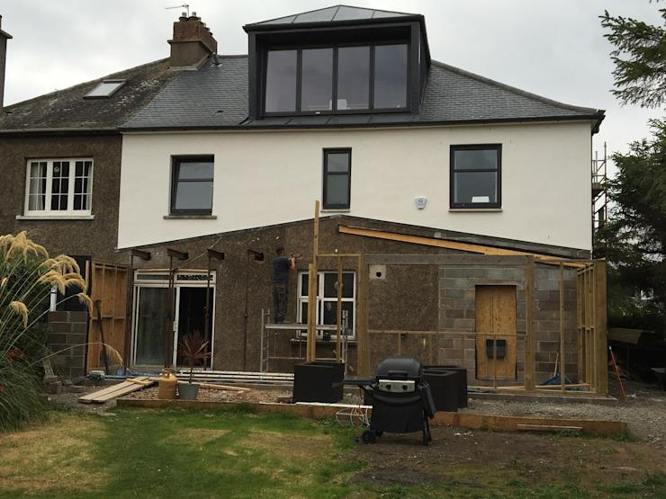 Nouveau siège de bureau Construction Mckenziemalcolm Maisons modernes Aluminium/Zinc Blanc