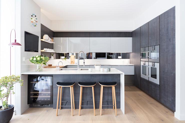 Modern New Home in Hampstead - kitchen bar Black and Milk   Interior Design   London Modern dining room