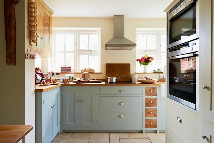 Cuisine cottage de Luxmoore & Co Luxmoore & Co Cuisine de style rustique